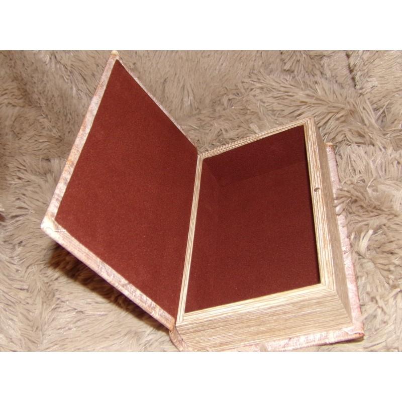 Boite en forme de livre en bois cachette pour documents - Decoration boite en bois ...