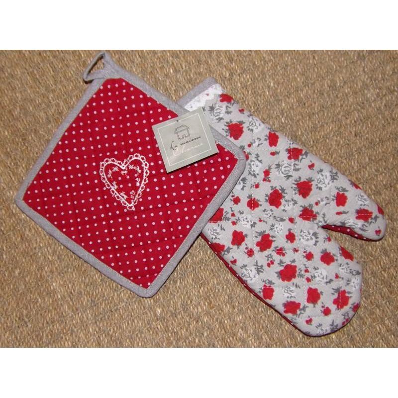 Gant et manique de cuisine rouge et blanc coeur clothilde for Alizea linge de maison