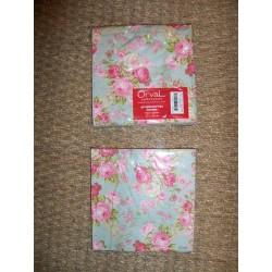 Serviettes en papier décor roses fond vert Orval