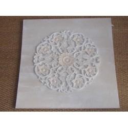 Toile beige décor en résine rond superposé décor fleurs Imori