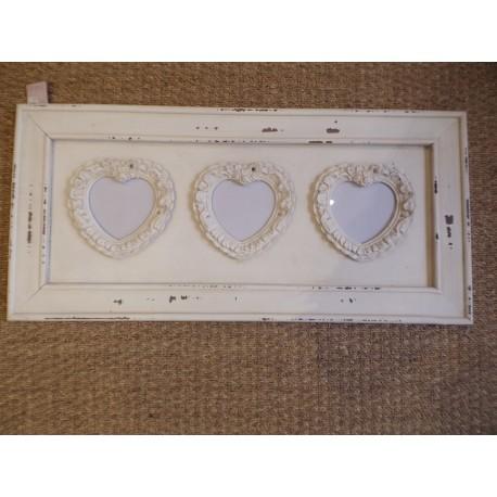 Pêle mêle porte photo triple en forme de coeur bois crème vieilli Antic line ref Seb13676