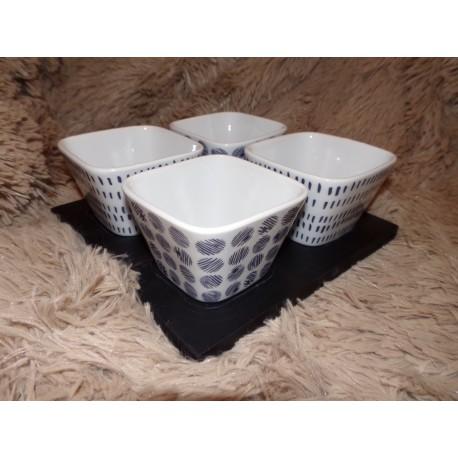 Plat apéritif 4 coupelles carrées sur plateau bois noir modèle Mineral Amadeus